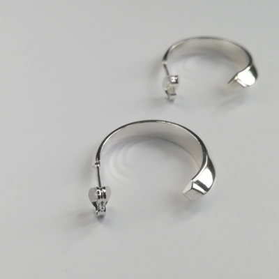 Facet Midi Hoop Stud Earrings