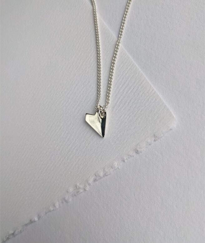 silver-heart-shaped-necklace-back